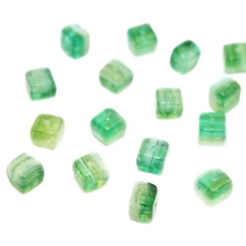 Glasperle Quadrat grün Mix 7,5x6mm 20Stk.